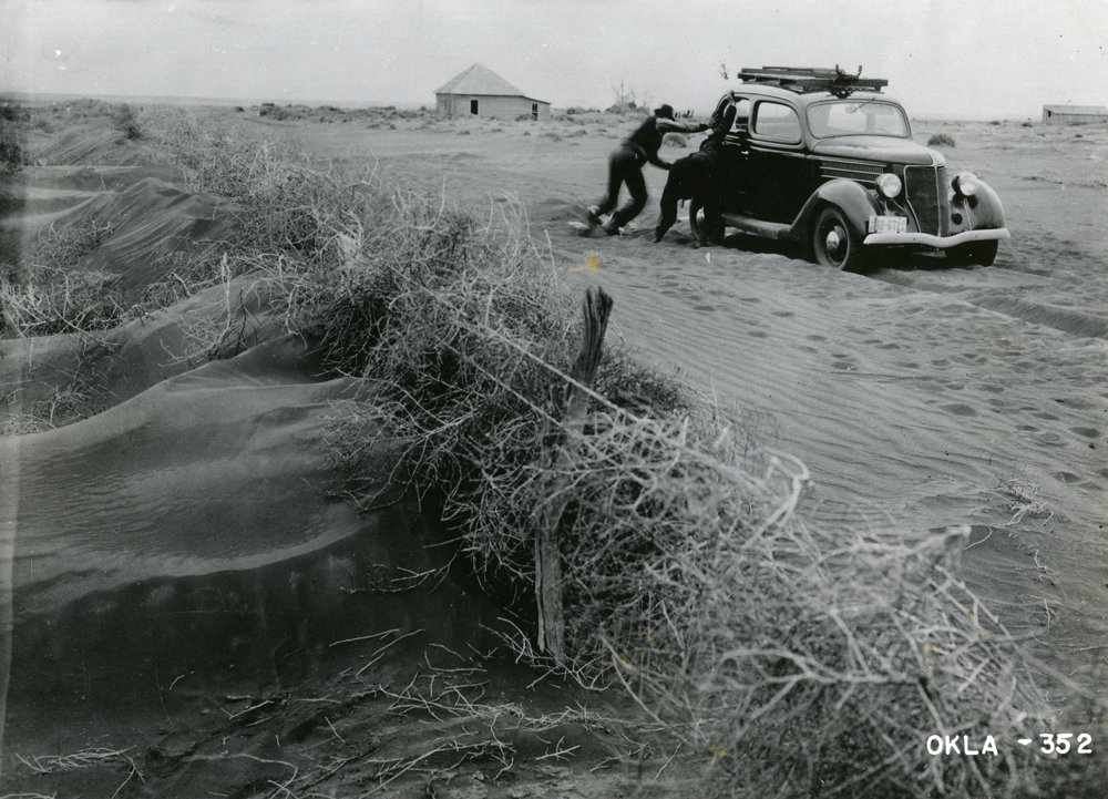Image result for picture of dust bowl in oklahoma